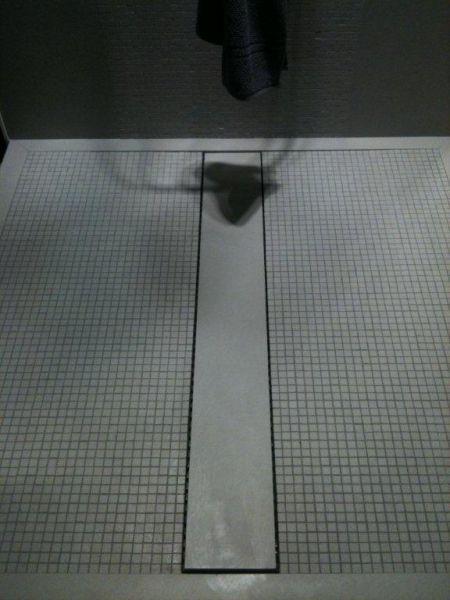 Carrelage faience travaux de peinture plafond tendu for Peinture faience douche